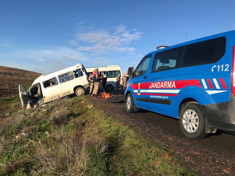 Öğrenci servisi kazası : 2 ölü, 8 yaralı!