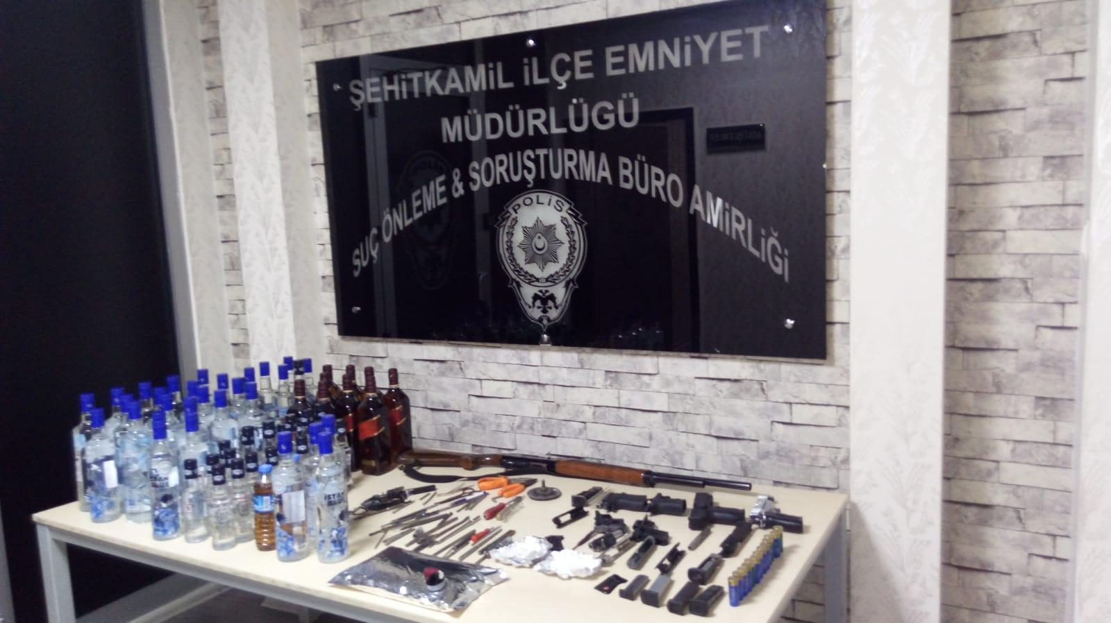 Sahte içki ve kaçak silah imalathanesine operasyon