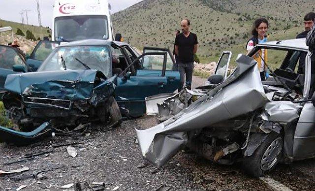 Tatilin ilk gününde 12 kişi öldü, 75 yaralı