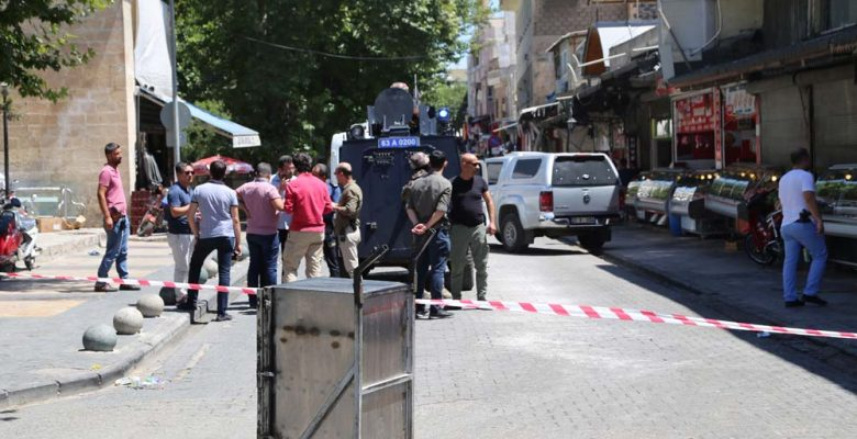 Urfa'da bir kişi bomba düzeneğiyle yakalandı