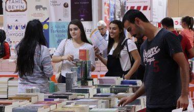 Kitap Fuarı Açıldı, 160 Yayınevi, 220 Yazar Bulunuyor