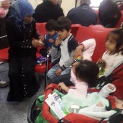 6 Çocuklu Aile Devlet Hastanesine Sığındı