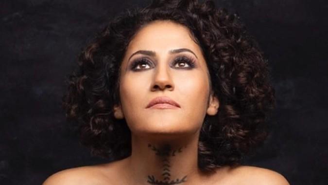 Kürt Sanatçı 5 Yıl Aradan Sonra Türkiye'de