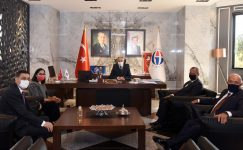 GSO Başkanlarından Rektör Özaydın'a ziyaret