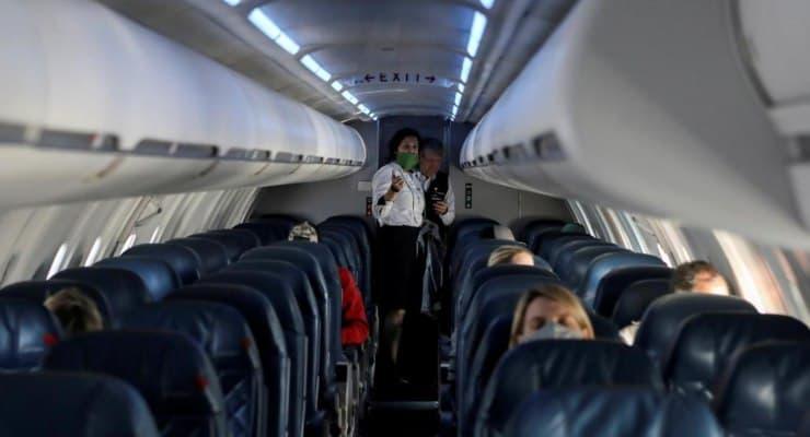 """""""Uçakta 'corona' bulaşma riski çok düşük"""""""