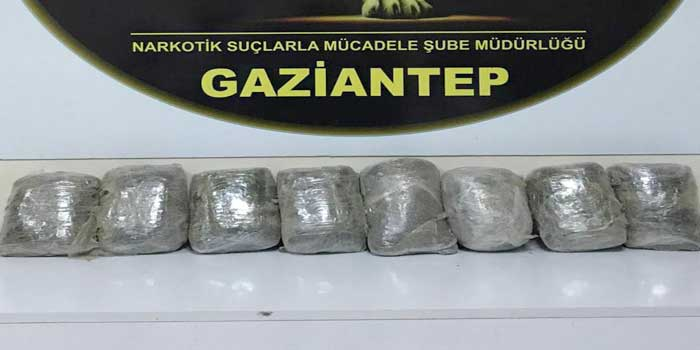 Gaziantep'te 8 kilo metamfetamin yakalandı