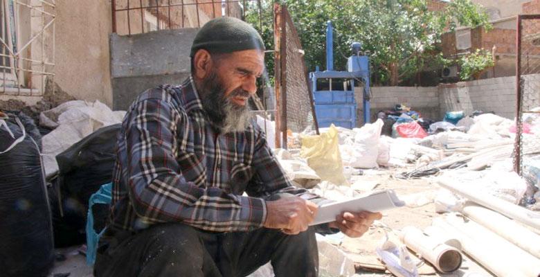 29 yıldır kağıt toplayan Opçin: Köyüme dönmek istiyorum