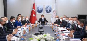 Milli Eğitim Bakanı'ndan çevrim içi sınav açıklaması