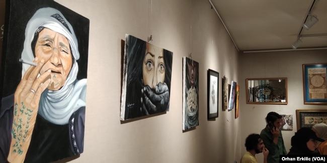 Mülteci Sanatçılardan 'Pandemi Günlerinde Sanat' Sergisi